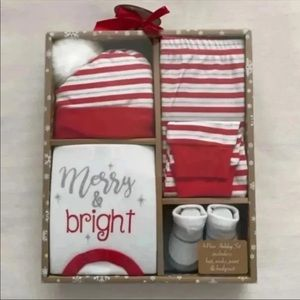 """Other - 4 PC Baby Holiday """"Merry & Bright"""" Box Set"""
